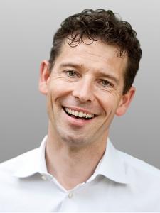 Dr. Soren von Otte